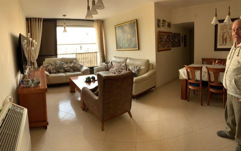 חדש למכירה  בשכונת נווה רמז חולון  רחוב אנילביץ  דירה 3.5 חדרים משופצת
