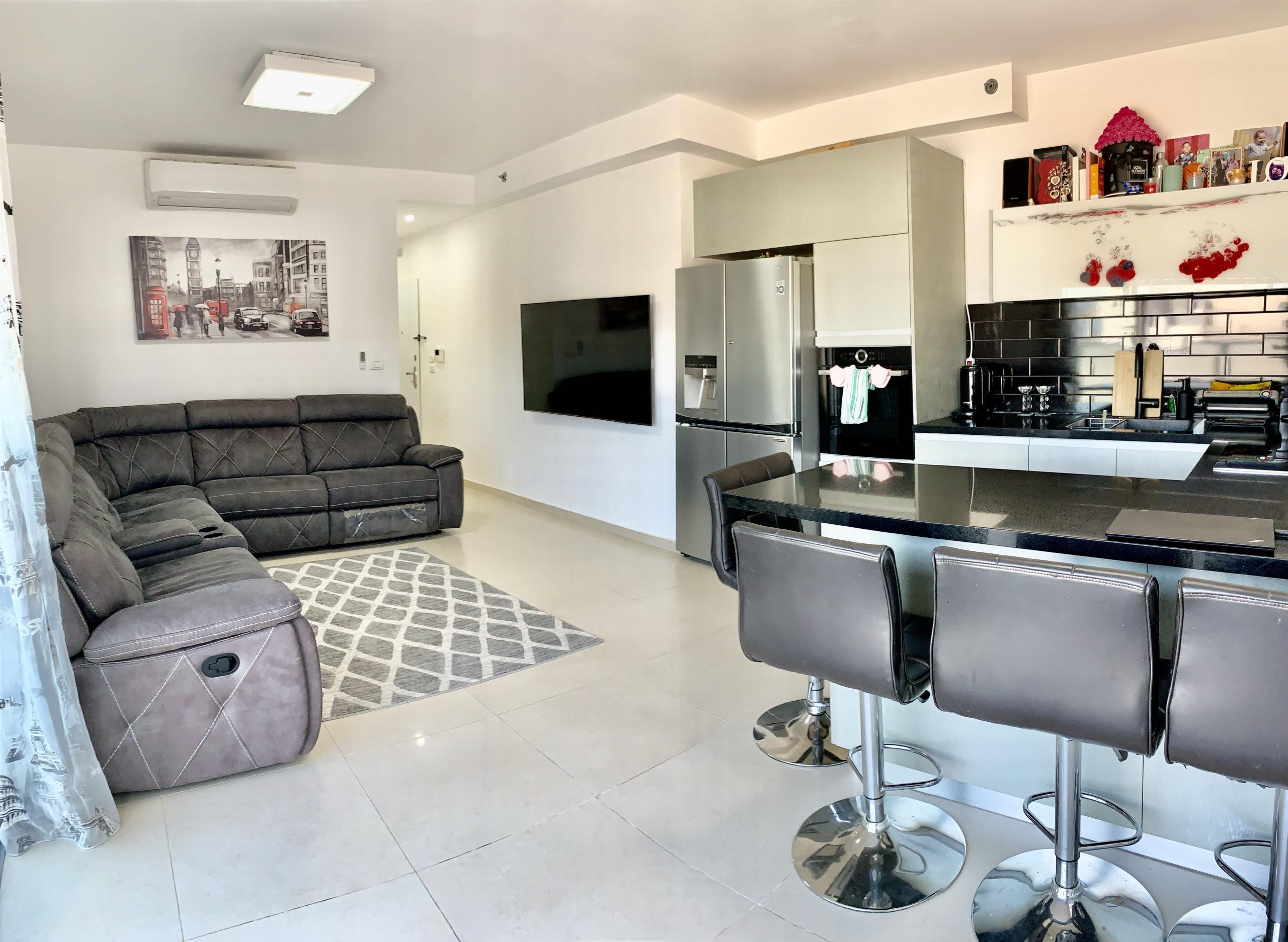 למכירה 4 חדרים חדשה בשכונת נאות רחל רחוב הופיין