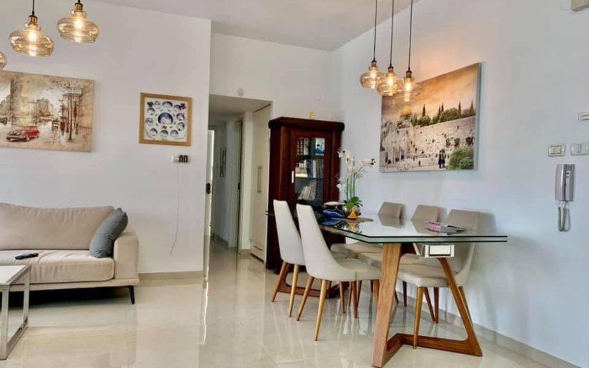 למכירה 3.5 חדרים בשכונת אגרובנק רחוב חנה סנש